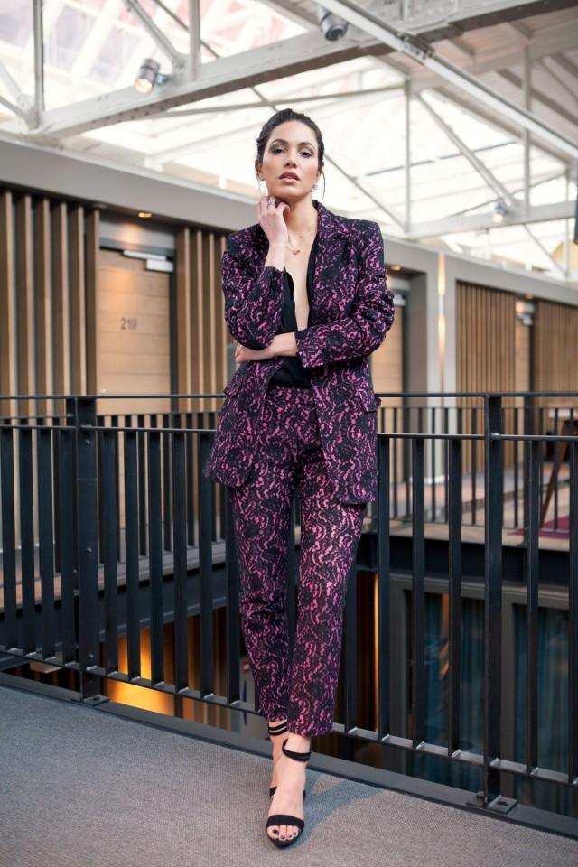 39394a9fd18520ac26b0e250097e28eda50f0524-sleek-suit-4-1200